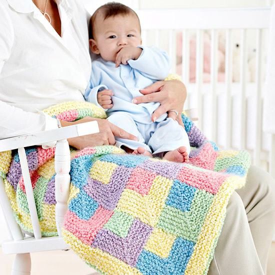 Knitted Baby Rainbow Quilt