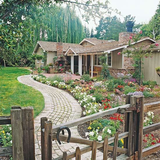 Front yard flower power Better homes and gardens flower bed designs