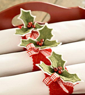 How to Make Holly Napkin Rings