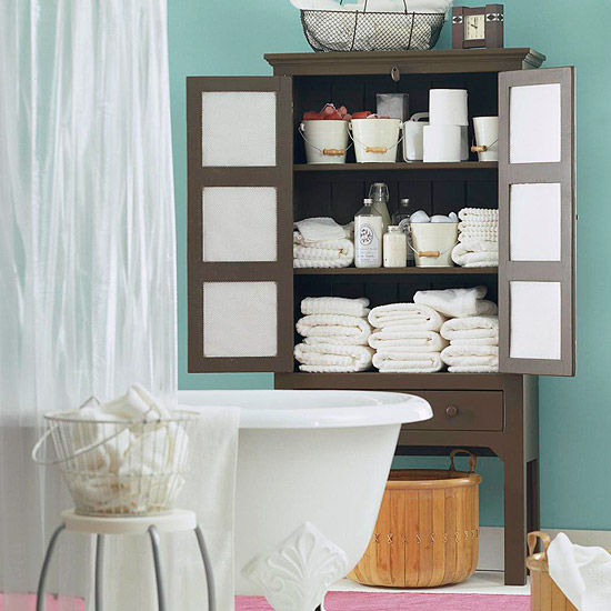 Bathroom Cleaning Step by Step