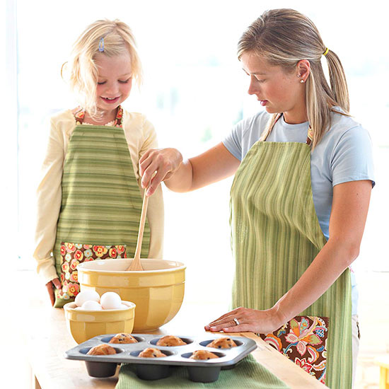 Mother-Daughter Apron Set