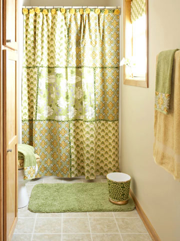 Easy-to-Sew Patchwork Shower Curtain