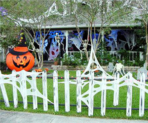 Your Best Ideas: Outdoor Halloween Decor, 2008