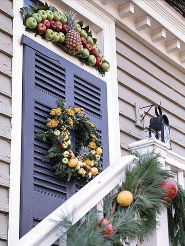 Holiday Wreaths of Colonial Williamsburg