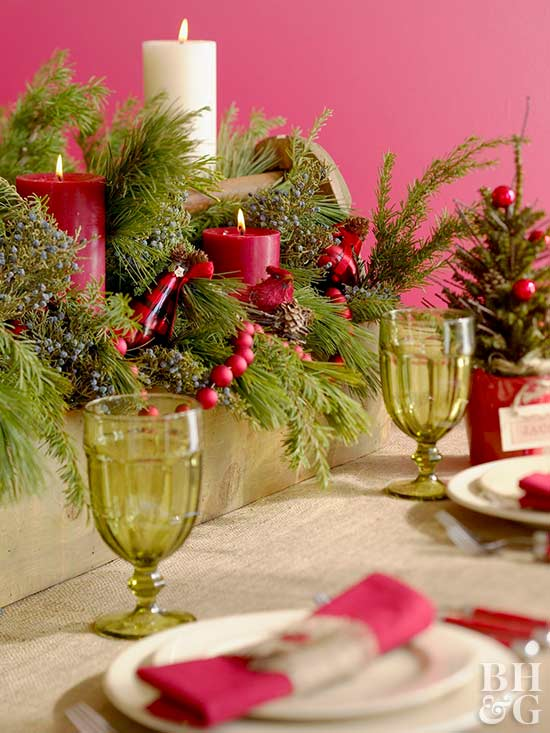Forest Green and Magenta Holiday Table