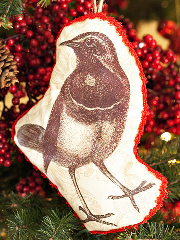 handmade bird ornament for the christmas tree. Black Bedroom Furniture Sets. Home Design Ideas