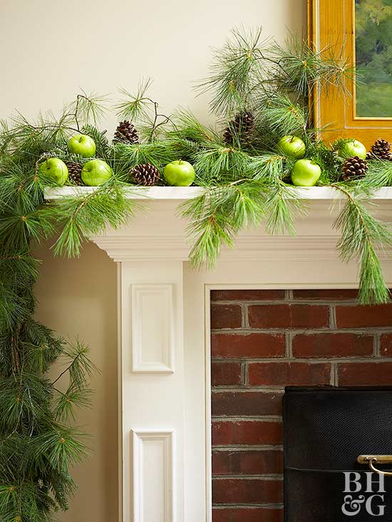 Beautiful Garlands for Your Holiday Mantel