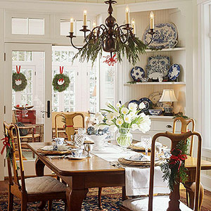 Decorate Your Dining Room for the Holidays