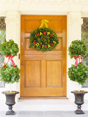 Christmas Door Decorating Ideas: Pretty Wreaths and More from Better Homes & Gardens