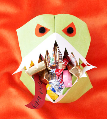 Make a Monster Mouth Treat Holder for Halloween