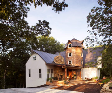 RealLife Makeover A Barn Home with Modern Flair