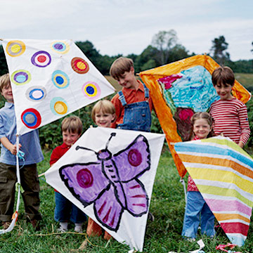 Make & Decorate a Colorful Kite