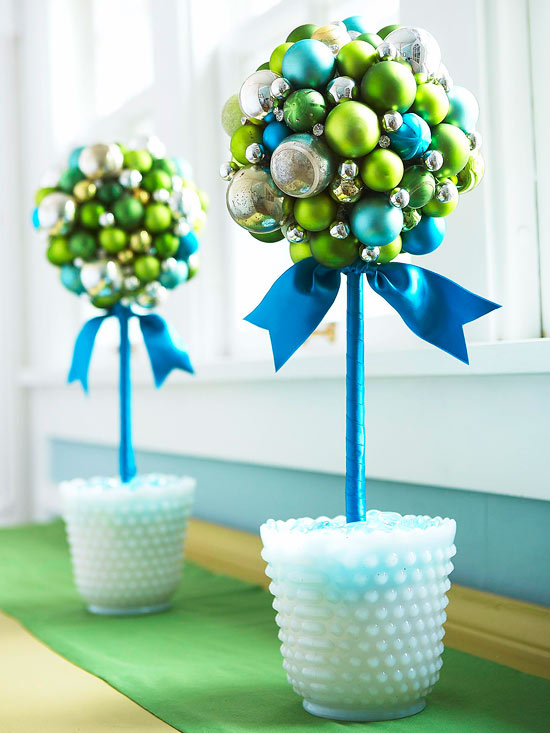 Make a Glass-Ornament Christmas Topiary
