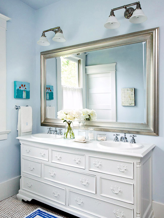Blue-and-Silver Bath