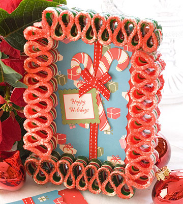 Craft a Ribbon Candy Card Frame for Christmas