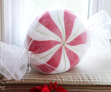 Make a Faux Peppermint Pillow for Christmas