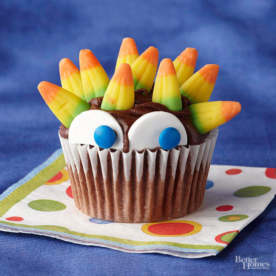 Peeking Monster Cupcake