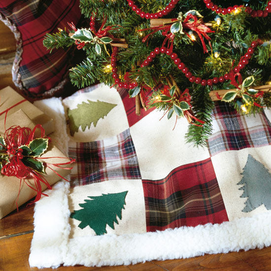 Adirondack Christmas Tree Skirt