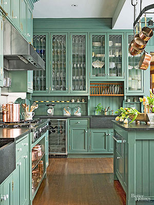 Simple Ways to Update the Look of Your Old Cabinets