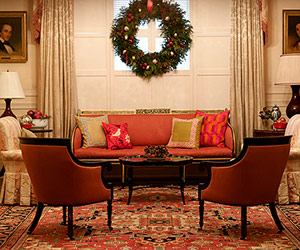 Fresh Ideas for Classic Christmas Decorating