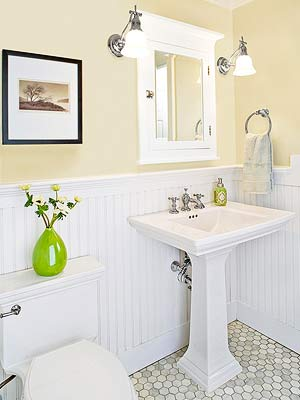 a sink gives a small bath some visual relief as well as the physical advantage of extra legroom and general space to move around