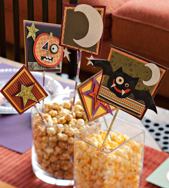 Easy Centerpiece for Nostalgic Halloween Party