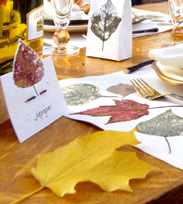 Leaf Place Cards for a Thanksgiving Harvest Table