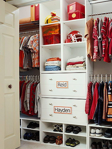 custom drawers and shelves for kid's closets