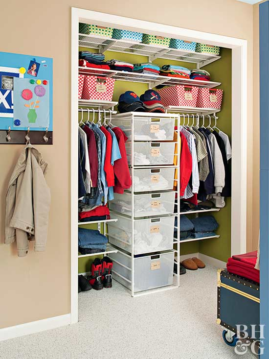easy ways to organize small closet 1