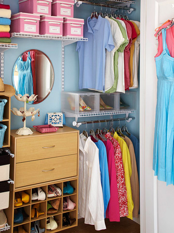 Organize This: Clothing Closet