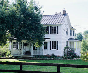 Country French Decorating: Farmhouse with European Style