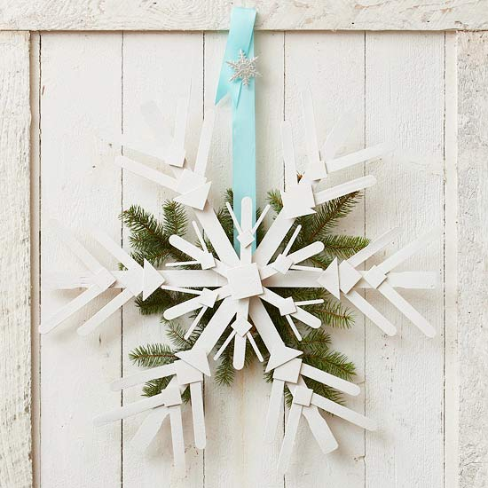 Wooden Snowflake Wreath
