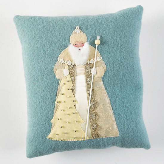 Old World Santa Applique Pillow