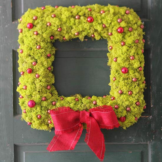 Merry Moss Wreath
