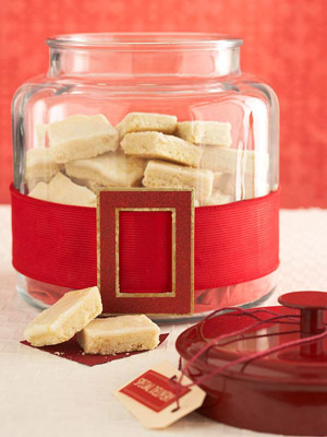 Christmas Food Gifts: Recipes & Wrapping Ideas Featuring Glassware
