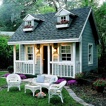 Perfect backyard playhouses