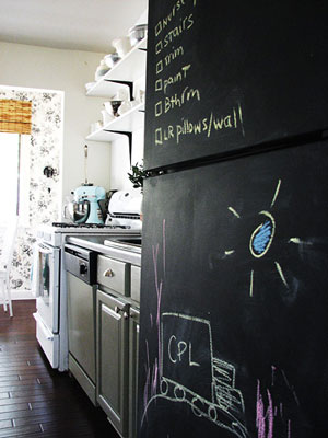 Dramatic DIY Kitchen Makeover on a Budget