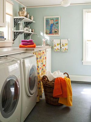 Laundry Rooms: Storage and Decorating Ideas