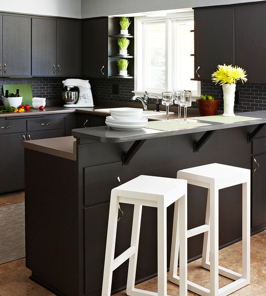 Unique Kitchen Makeover Featuring Black Cabinets