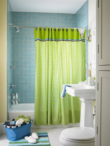 Bright Bathroom Accessories for Spring