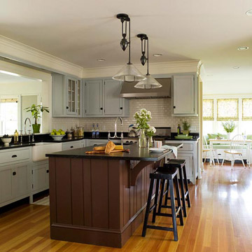 Find the Perfect Traditional Color Scheme