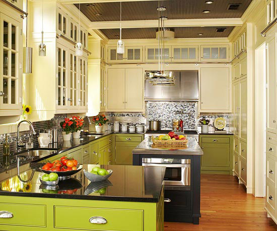 Choosing kitchen paint colors better homes and gardens for Better homes and gardens painting kitchen cabinets