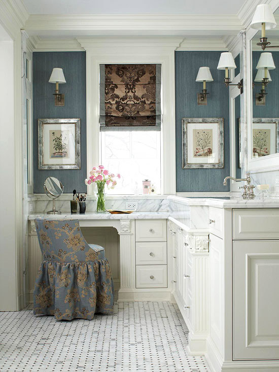 Bathroom Makeup Vanity Ideas - Bathroom vanity with makeup counter for bathroom decor ideas