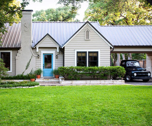 House Tour: An Open-Space Cottage Makeover