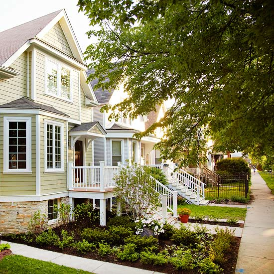 11 Ways to Add Color to Your Home\'s Exterior