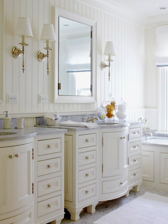 beadboard bathrooms
