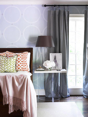 Watch: How to Arrange Bedroom Furniture
