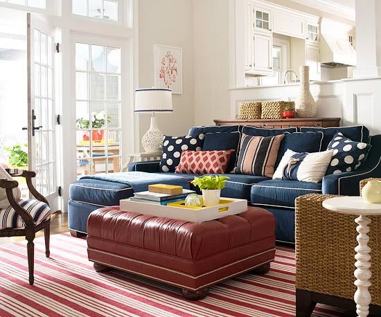 Colors that go with navy blue for Rooms to go living room