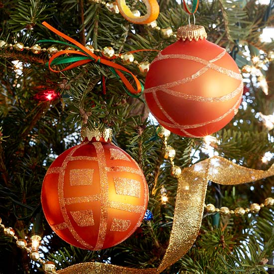 How to Store Round Christmas Ornaments