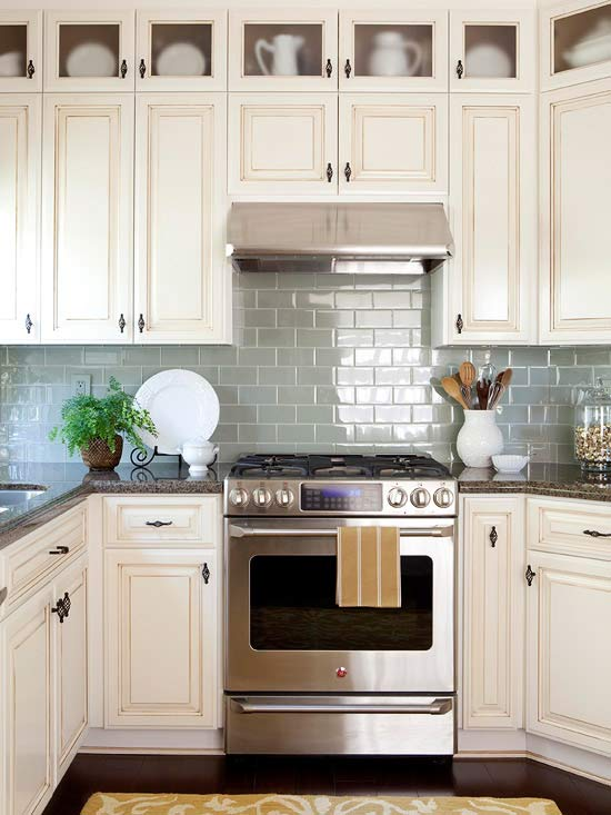 Kitchen backsplash ideas better homes and gardens for White kitchen cabinets what color backsplash
